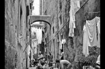 Pietro Caropreso contro la retorica del passato a Napoli